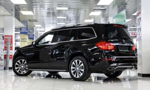 "Mercedes GL500 ""Бегемот"" Характеристики Расход топлива Двигатели"