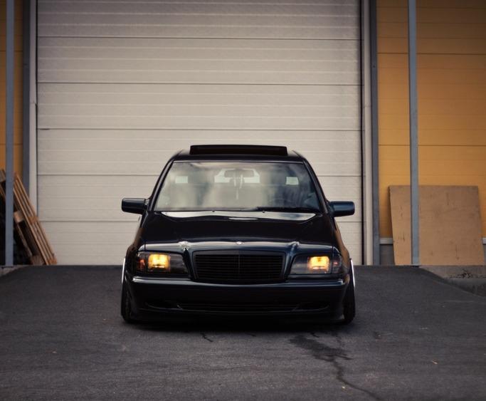 w202 black