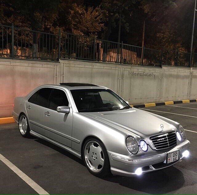 серый w210