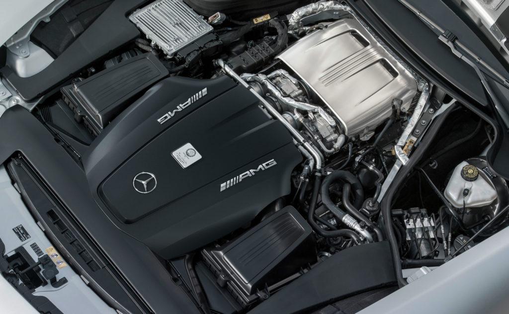 двигатель w205