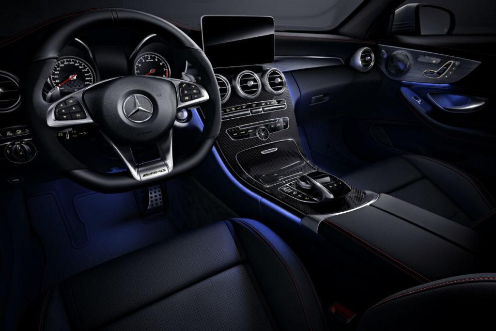 Mercedes С63 AMG фото