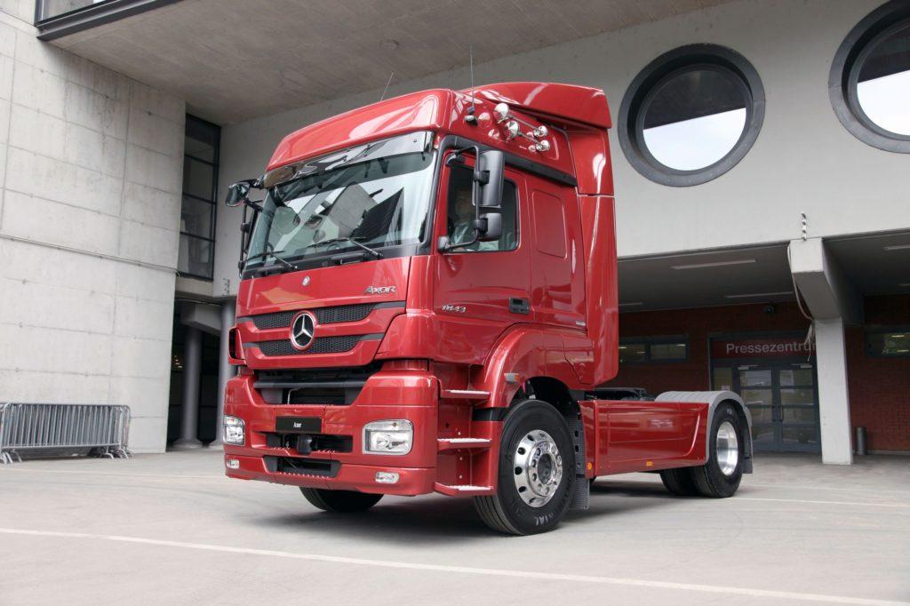 Mercedes - benz Аксор фото