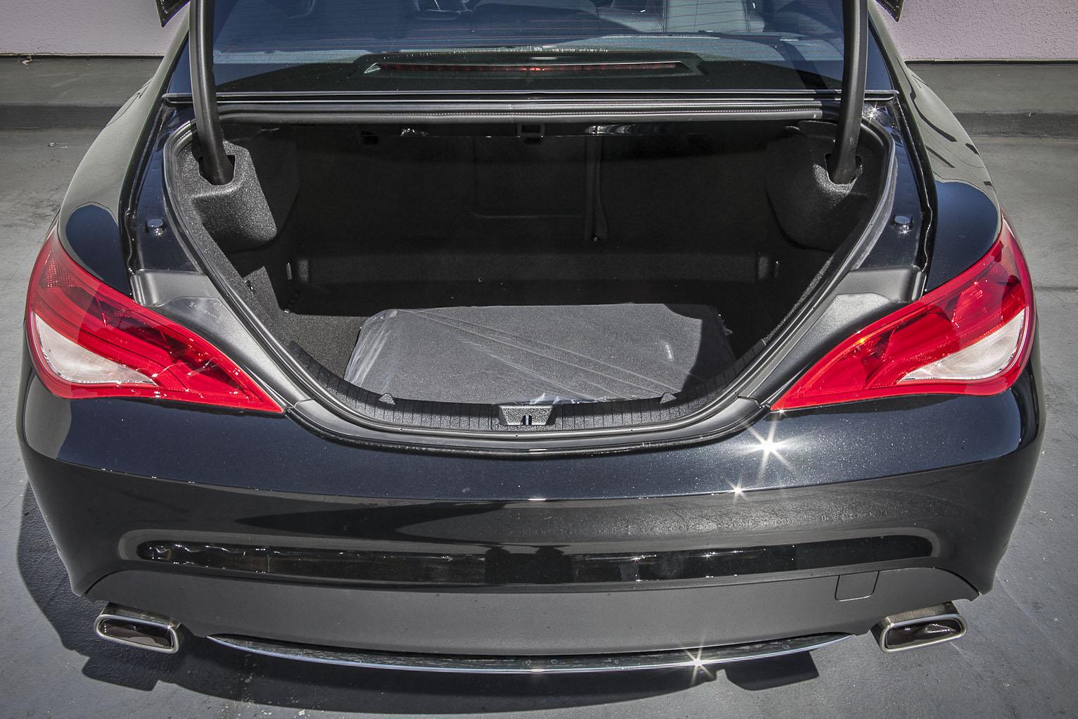 Багажник Мерса CLA 250
