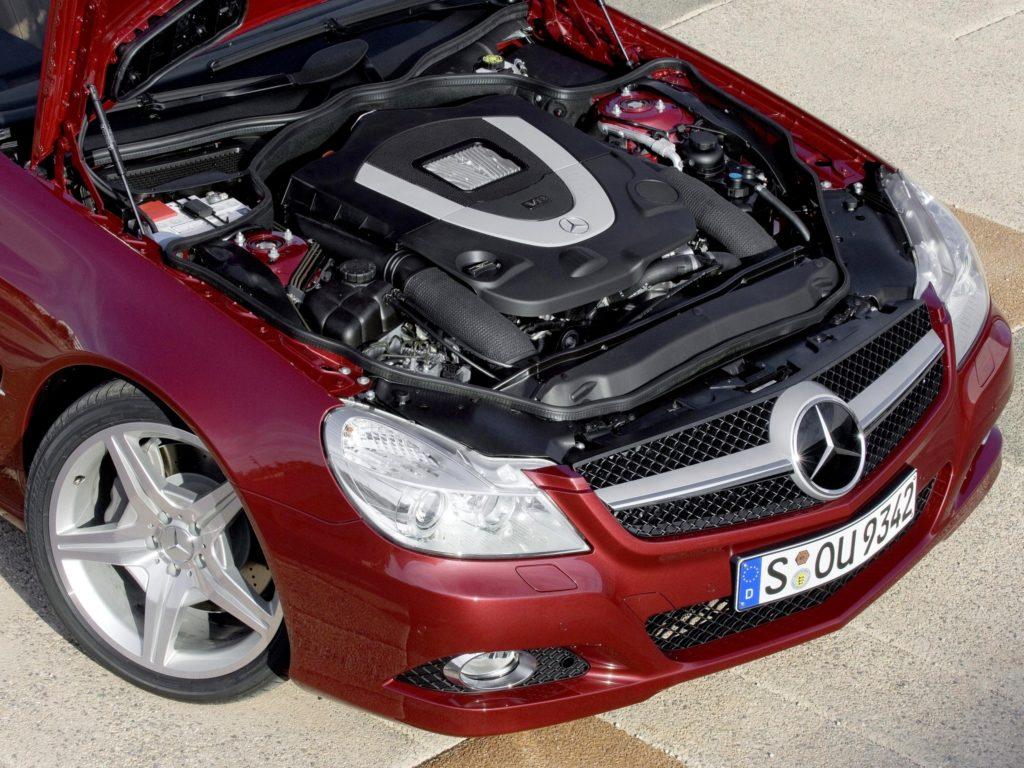Двигатель SL500 r230 фото
