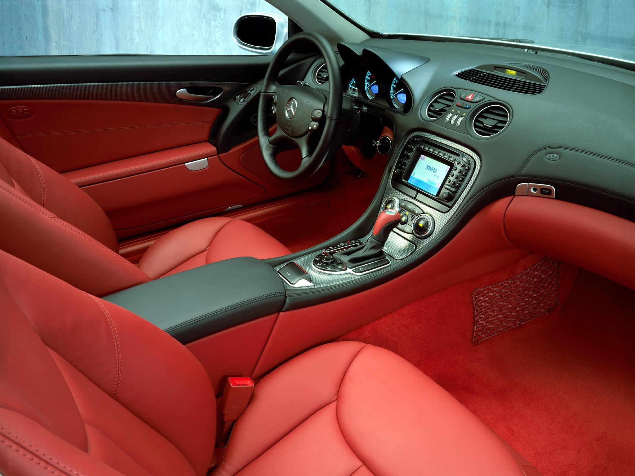 Mercedes-Benz SL 55 AMG интерьер