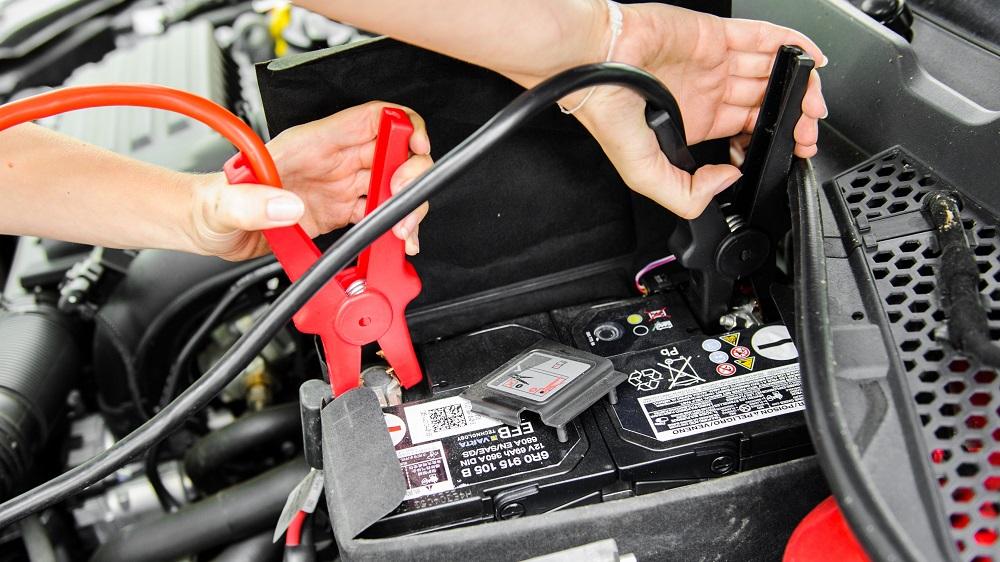 Как правильно прикурить автомобиль от другого автомобиля? Полезные советы и  инструкция